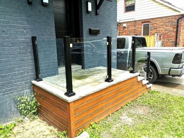 glass deck railings toronto